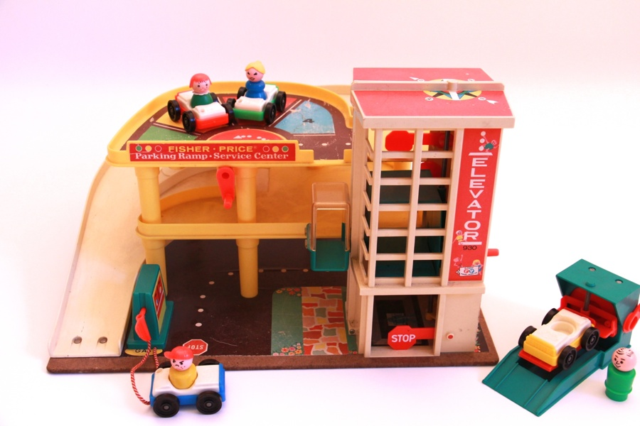 Garage Fisher Price : Garage fisher price ging bout boys march fisher